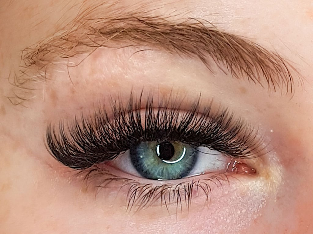 Lash extensions on the Gold Coast